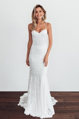Bride wearing Grace Loves Lace Hart Gown