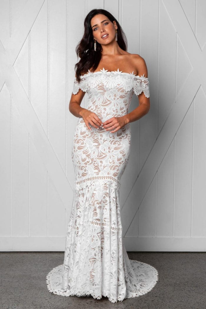 Brunette bride wearing Grace Loves Lace Cien Gown