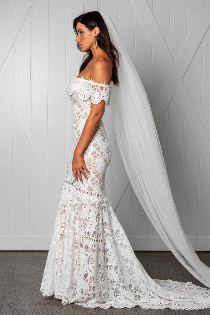 Brunette bride wearing Grace Loves Lace Cien Gown and veil