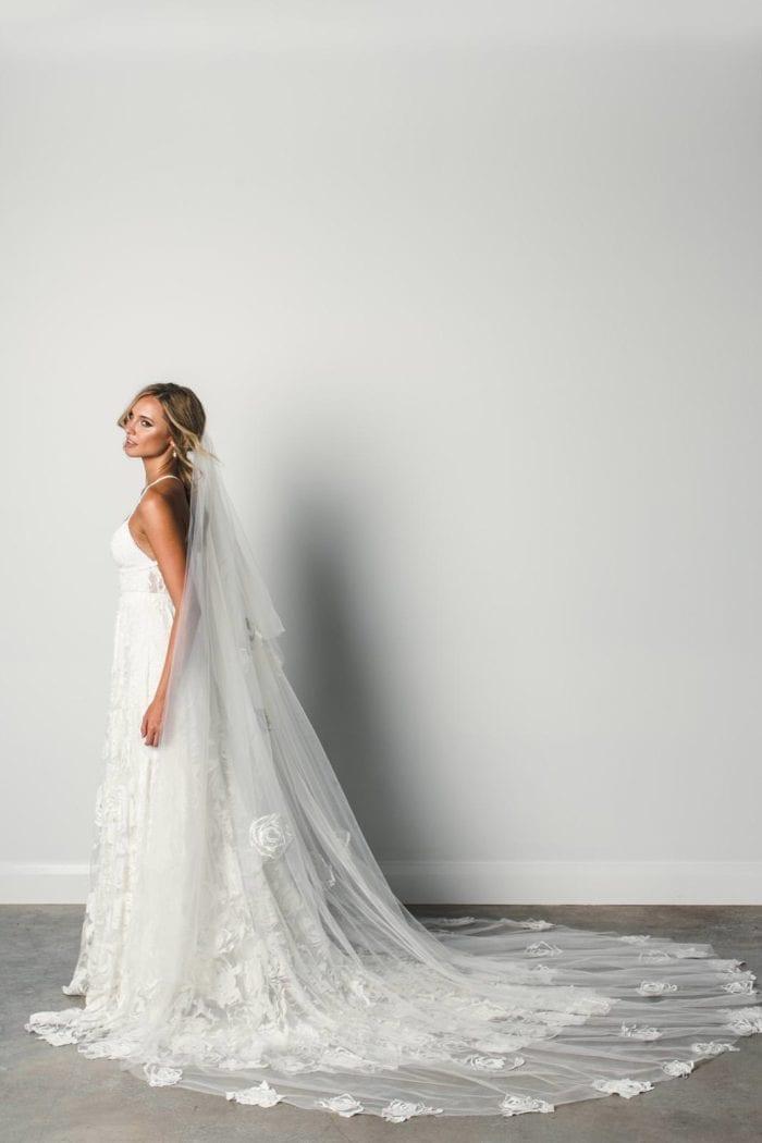 Side shot of Bride wearing Grace Loves Lace Fleur Veil
