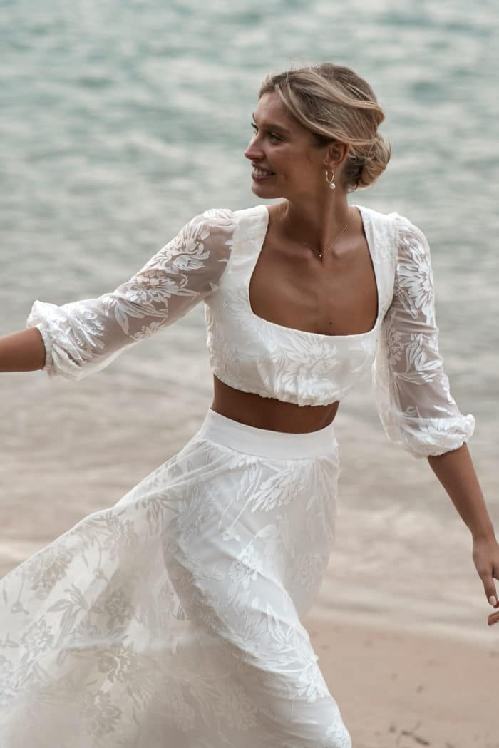 Behati_Wedding_dress_by_ocean