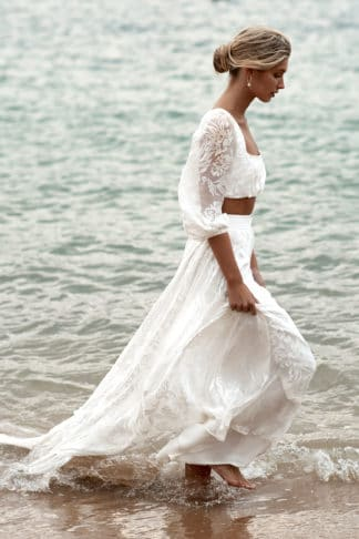 Behati_Wedding_Dress_Ocean